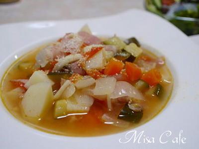 ミネストローネと 野菜炒め