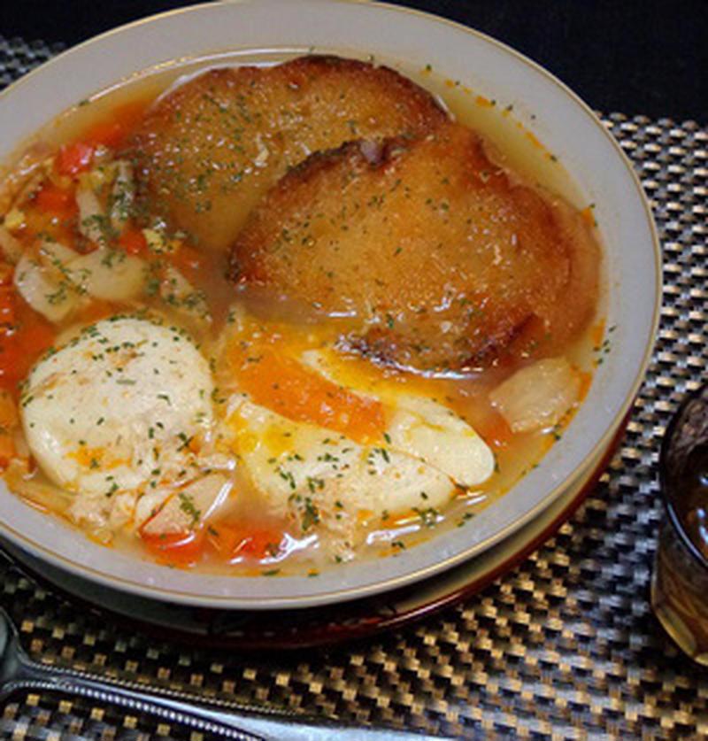 にんにく入りでスタミナアップ!まだまだ寒い日に食べたいあったかスープレシピ