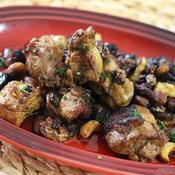 鶏肉とミックスナッツ*ミックスレーズンの焦がし炒め☆ガラムマサラ風味