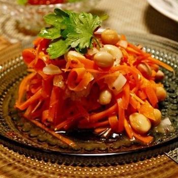 にんじんと豆のサラダ