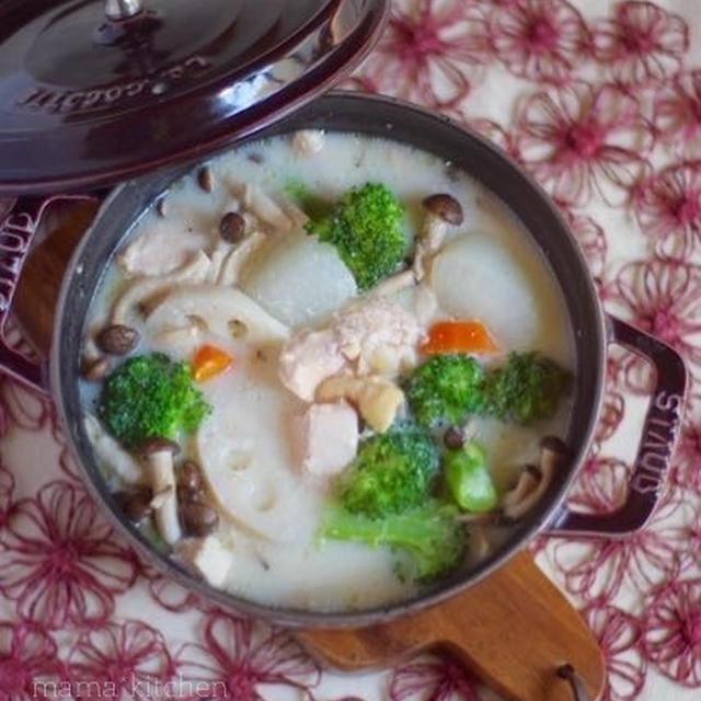 鶏肉と根菜の酒粕煮。31のハロウィンペン♡