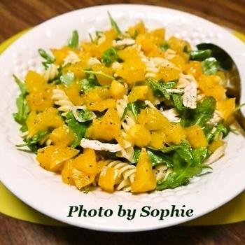 チキンとルッコラのパスタサラダのレシピ