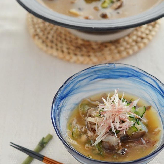 鮭缶できのこたっぷり、食べる冷汁