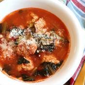 オレガノ香る♪チキンボールトマトスープ