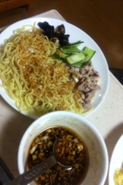 休日のお昼限定ニンニク&生姜のスタミナつけ麺