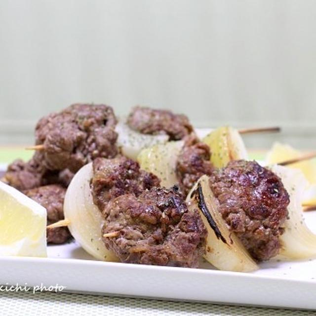 牛細切れ肉と玉ねぎの串焼き(カレー風味)&「丼ものVS麺もの」