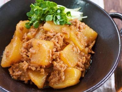 >切って入れて煮るだけ♪温め直しても美味しい♪『大根のオイスターそぼろ煮』 by Yuuさん