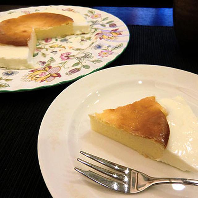 レア&ベイクド・チーズケーキ。
