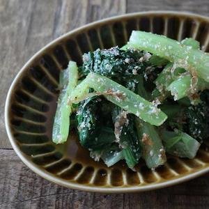 旨味アップ♪「小松菜×おかか」のお手軽レシピ