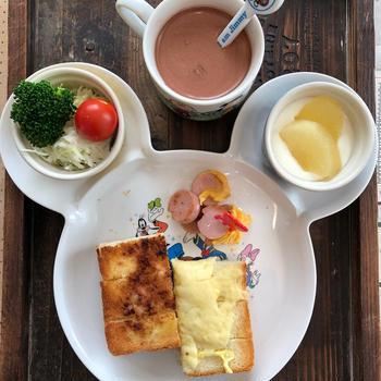 孫っちの朝食