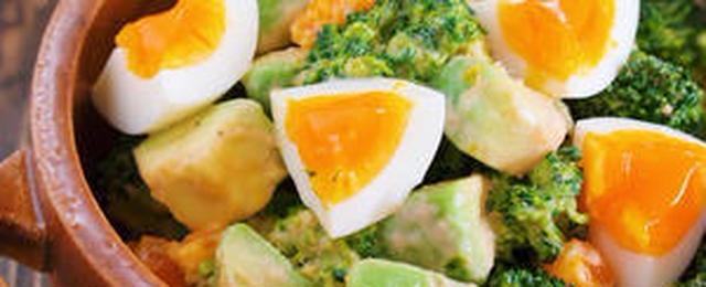 リピート必至!「アボカド×卵」のサラダレシピ