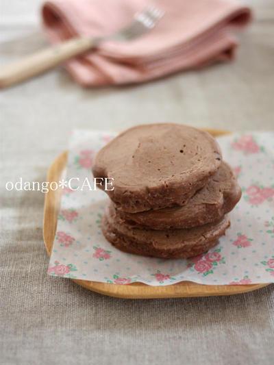 もっちり厚め♪米粉のココアパンケーキ