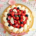 たっぷりベリーと濃厚バニラのシャルロットケーキ(デコレーションケーキ)