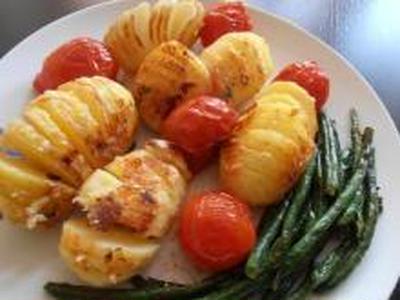 フライパンで簡単にできる ハッセルバックポテト (スウェーデン料理)