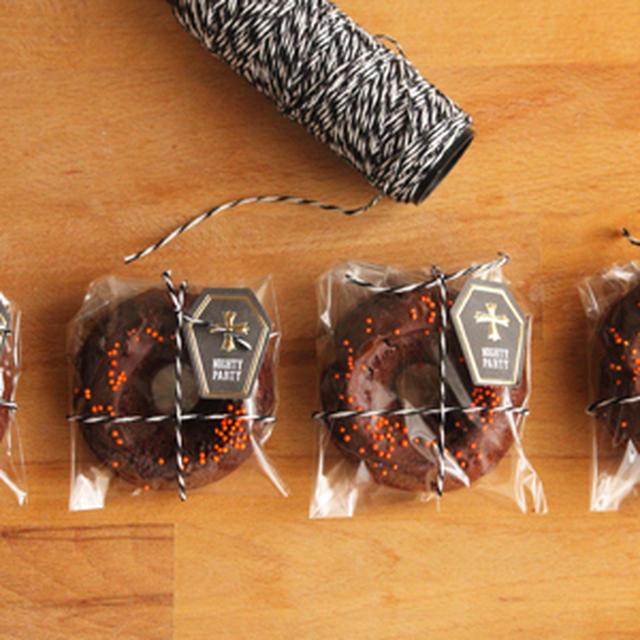 ダブルチョコ焼きドーナツのラッピング