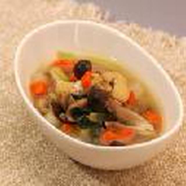 豚肉と具だくさん野菜のしょうがスープ