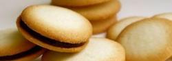 サクサク食感がクセになる♪人気焼き菓子「ラング・ド・シャ」レシピ