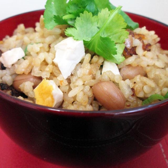 【台湾の塩卵で!!】  中華風炊き込みご飯 & ミモザ風 サラダ ★
