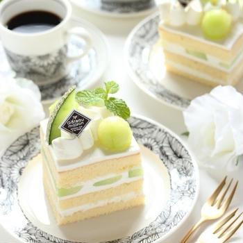 夏のフルーツショート ~メロン&桃で楽しむケーキ