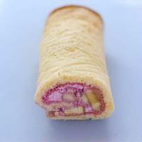 ピンクのロールケーキと、KiKaChi王の音楽♪