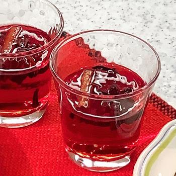 ★レシピ★ ノンアルコールでお酒気分♪クランベリージュースのホットワイン風(ドイツ)