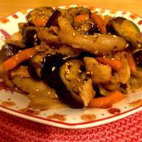 茄子と豚バラ肉のガパオ炒め