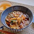 ツルッと米粉麺に小海老のかきあげの温麺の出来上がり!