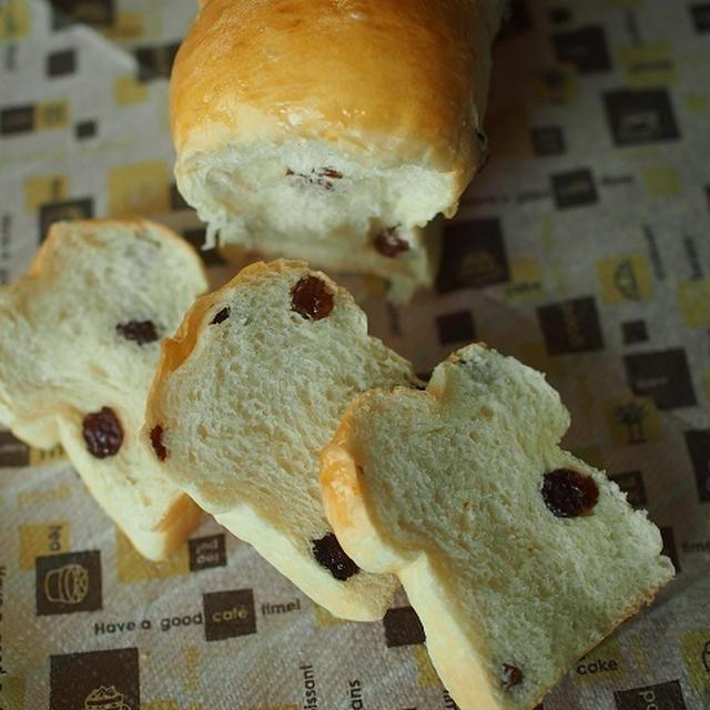 捏ねないパン! ふわふわ ブドウ食パン