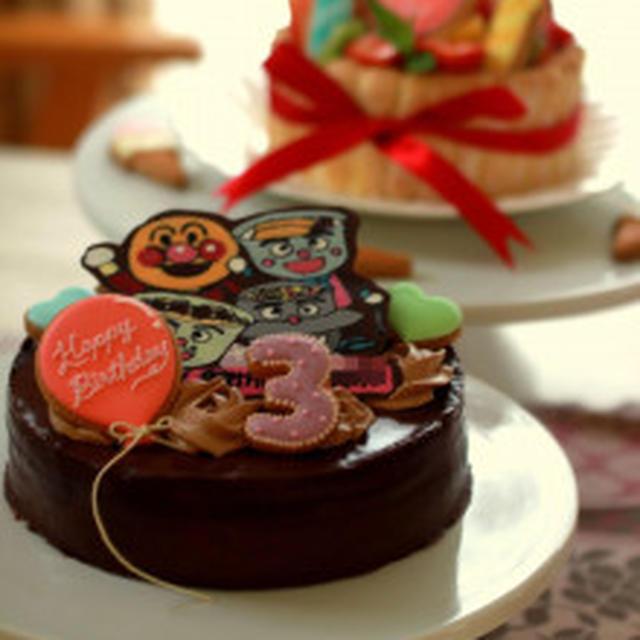 モラ子3歳のバースデーケーキ