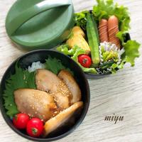 やわらか煮豚のお弁当と小松菜とベーコンの揚げ巻き