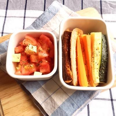 チーズスティックサラダでお弁当♪冷んやりカフェオレフレンチトースト
