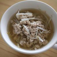 もやしと豚ひき肉の簡単スープ♪ねりスパイスが活躍!スピードレシピ
