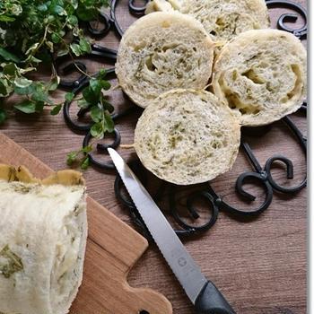 春菊とチーズのラウンドパンとワンオペ…気を付けなくては!!