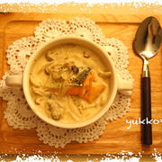 【ルー不要!】鮭ときのこの豆乳クリームシチュー