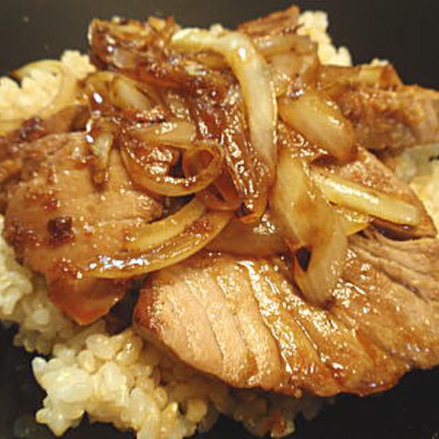 まぐろステーキ丼(レシピ付)