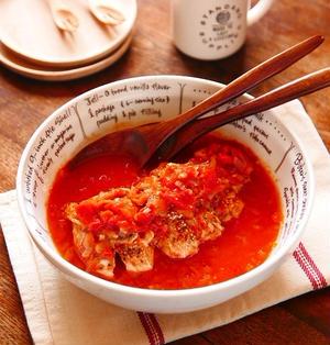電子レンジでお手軽簡単調理★「セロリ香る鶏胸肉のレンチン!トマト煮」