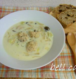 肉団子と白菜の豆乳スープ