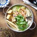 〆まで美味しい☆脱マンネリ鍋|お料理が得意じゃなくても心配無しな♡手作りお出汁【エスニック タイカレー鍋】