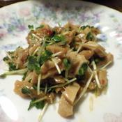 鶏チャーシューとかいわれ・きゅうりのサラダ
