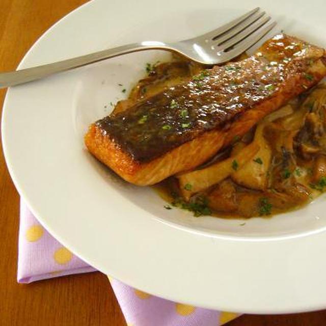 きのこと鮭のこくまろ照り焼き♪簡単おいしい秋の味覚レシピ