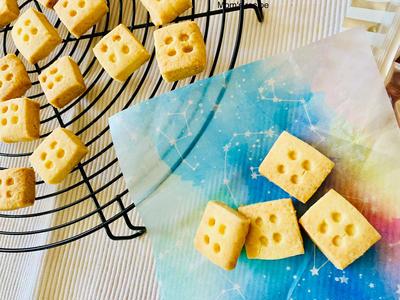 簡単♡混ぜるだけ♡サクホロの塩バニラクッキー