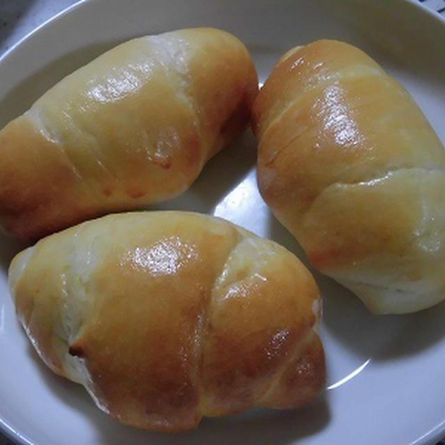 あこ酵母でロールパン・・コロッケサンド・・干し芋~♪