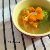 ★簡単*辣油でピリ辛*野菜を食べるスープ