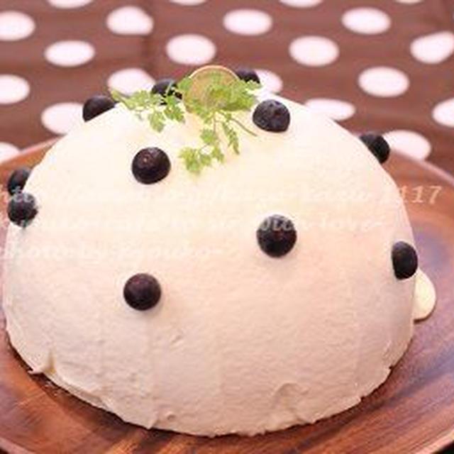 甘カフェ★ベリーベリームースのドームケーキ