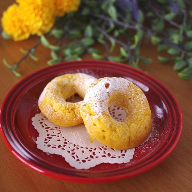 ホットケーキミックス(HM)とかぼちゃでつくる、豆乳と野菜の簡単焼きドーナツ