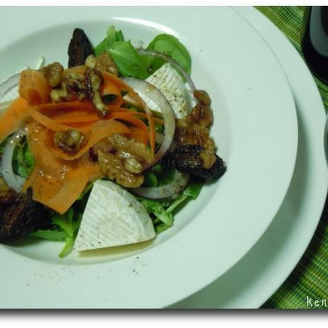 ドライイチジクとカマンベールの前菜サラダ