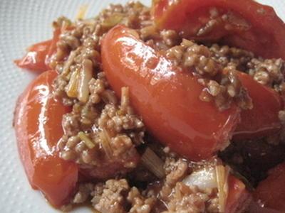 トマトのひき肉オイルターソース炒め