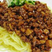 ジャージャー麺<筍、椎茸の歯ざわりと一緒に>