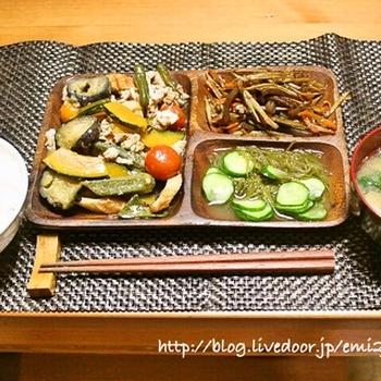 夏野菜と豚肉の焼き浸しの献立