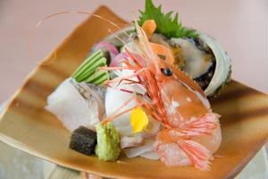 札幌 なだ万雅殿【伝統技が織りなす日本料理】<br><br>北の都・札幌の絶景とともに愉しむ、老舗料...